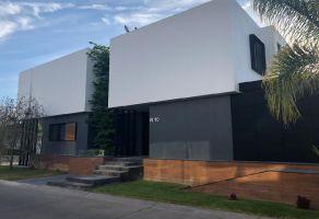 Foto de casa en venta en Jardín Real, Zapopan, Jalisco, 14864974,  no 01