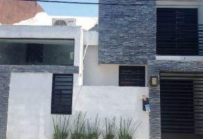 Foto de casa en venta en Casa Bella Sector 1, San Nicolás de los Garza, Nuevo León, 21077365,  no 01