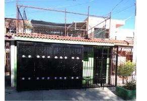 Foto de casa en venta en Barrio de Cemento, San Pedro Tlaquepaque, Jalisco, 6819917,  no 01