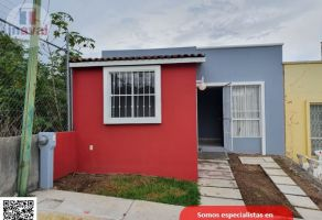 Foto de casa en venta en Defensores de La República, Morelia, Michoacán de Ocampo, 21404533,  no 01