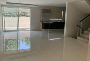 Foto de casa en condominio en venta en Valle Escondido, Tlalpan, DF / CDMX, 15718075,  no 01