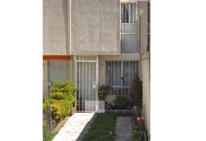 Foto de casa en venta en Los Héroes Ecatepec Sección III, Ecatepec de Morelos, México, 21380338,  no 01