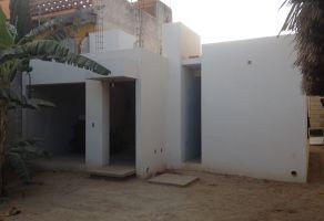 Foto de casa en venta en Agencia Yahuiche, Santa María Atzompa, Oaxaca, 5085086,  no 01