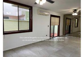 Foto de casa en renta en Valle de Vasconcelos, San Pedro Garza García, Nuevo León, 21154973,  no 01