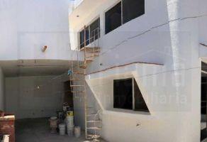 Foto de casa en venta en Fray Junipero Serra, Tepic, Nayarit, 13730182,  no 01