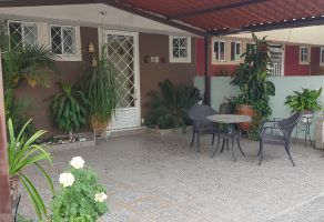 Foto de casa en venta en Alfredo Vázquez Bonfil, Celaya, Guanajuato, 16883557,  no 01