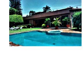 Foto de casa en venta en Jardines de Delicias, Cuernavaca, Morelos, 15735949,  no 01