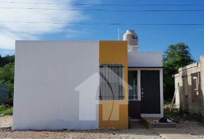 Foto de casa en venta en Tixcacal Opichen, Mérida, Yucatán, 15074547,  no 01