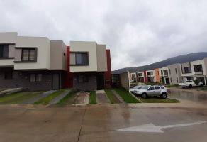 Foto de casa en venta en Tlajomulco Centro, Tlajomulco de Zúñiga, Jalisco, 21086093,  no 01