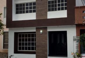 Foto de casa en venta en Antigua Santa Rosa, Apodaca, Nuevo León, 21204136,  no 01