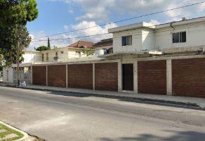 Foto de casa en venta en Del Valle, San Pedro Garza García, Nuevo León, 15508490,  no 01