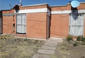 Foto de casa en venta en  , el cuitzillo, la piedad, michoacán de ocampo, 0 No. 01