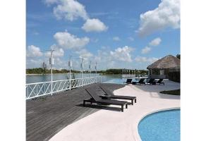 Foto de departamento en venta en  , lagos del sol, benito juárez, quintana roo, 11639197 No. 01