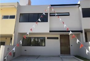 Foto de casa en venta en  , residencial victoria, zapopan, jalisco, 12326144 No. 01