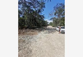 Foto de terreno comercial en venta en esquina con avenida yaxche entre calle 4 sur y calle 2 sur. 738, la veleta, tulum, quintana roo, 0 No. 01