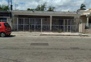 Foto de casa en venta en Cortes Sarmiento, Mérida, Yucatán, 20911763,  no 01