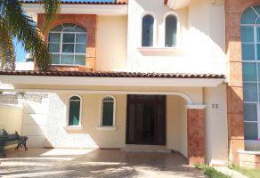 Foto de casa en venta en Arcos de la Cruz, Tlajomulco de Zúñiga, Jalisco, 15285387,  no 01