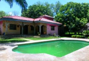 Foto de casa en venta y renta en El Barrial, Santiago, Nuevo León, 15479857,  no 01