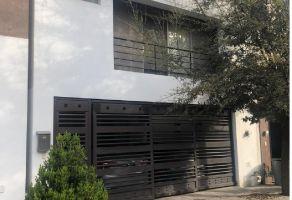 Foto de casa en venta en Calzadas Anáhuac, General Escobedo, Nuevo León, 13720890,  no 01