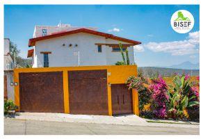 Foto de casa en venta en La Campiña, Morelia, Michoacán de Ocampo, 14733569,  no 01