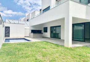 Foto de casa en venta en Loma Bonita, Monterrey, Nuevo León, 21684411,  no 01
