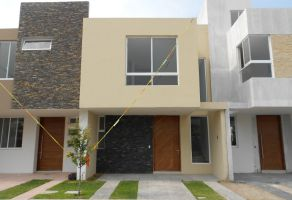 Foto de casa en venta en Arcos de la Cruz, Tlajomulco de Zúñiga, Jalisco, 15454622,  no 01