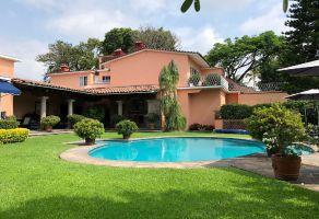 Foto de casa en venta en Palmira Tinguindin, Cuernavaca, Morelos, 22567230,  no 01