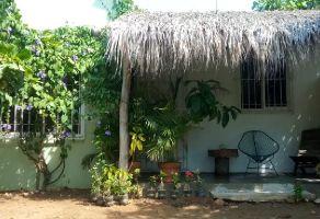 Foto de casa en venta en Barra de Navidad, Santa María Colotepec, Oaxaca, 19409989,  no 01
