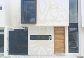 Foto de casa en venta en El Alcázar (Casa Fuerte), Tlajomulco de Zúñiga, Jalisco, 17020268,  no 01