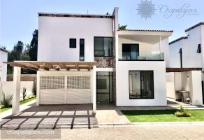 Foto de casa en venta en Chapala Centro, Chapala, Jalisco, 17320884,  no 01
