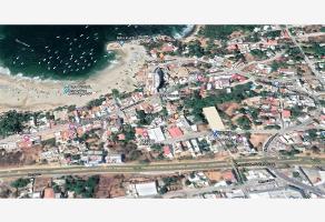 Foto de terreno comercial en venta en felipe merklin esquina callejon la paz , puerto escondido centro, san pedro mixtepec dto. 22, oaxaca, 0 No. 01