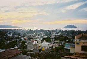 Foto de casa en venta en fernando de magallanes , rincón de guayabitos, compostela, nayarit, 5531297 No. 01