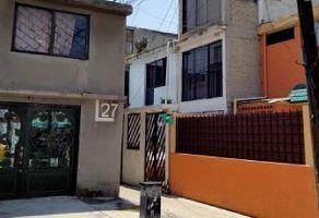Foto de casa en venta en Los Reyes Ixtacala 2da. Sección, Tlalnepantla de Baz, México, 21642609,  no 01