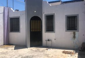 Foto de casa en venta en Loma Bonita, Villa de Álvarez, Colima, 20567752,  no 01