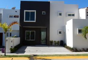Foto de casa en venta en  , flamingos, tepic, nayarit, 4881732 No. 01