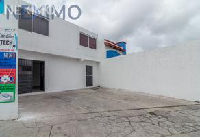 Foto de edificio en venta en francisco frias alcocer esquina jose ugalde rdz , los candiles, corregidora, querétaro, 21042518 No. 01