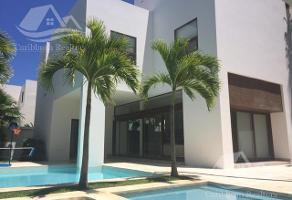 Foto de casa en venta en  , francisco villa, benito juárez, quintana roo, 15157462 No. 01