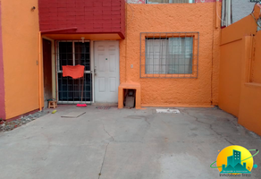 Foto de casa en venta en  , fuentes del valle, tultitlán, méxico, 16909136 No. 01