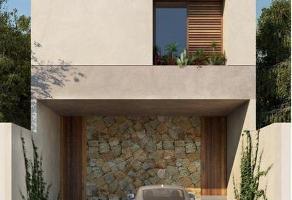 Foto de terreno habitacional en venta en  , garcia gineres, mérida, yucatán, 15078798 No. 01