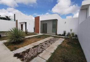 Foto de casa en venta en  , gran santa fe, mérida, yucatán, 14005221 No. 01