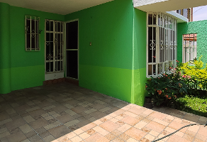 Foto de casa en venta en hacienda apacuero 1977 , arandas, guadalajara, jalisco, 14710290 No. 01
