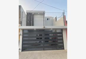 Foto de casa en venta en hacienda la purisima 2115, oblatos, guadalajara, jalisco, 0 No. 01