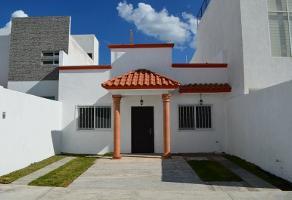 Foto de casa en venta en  , hacienda las trojes, corregidora, querétaro, 0 No. 01