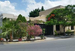 Foto de casa en venta en  , hacienda los cantu 1er sector, general escobedo, nuevo león, 14037898 No. 01