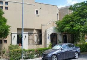 Foto de casa en venta en  , hacienda los cantu 2do sector, general escobedo, nuevo león, 5040768 No. 01