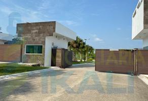 Foto de terreno habitacional en venta en  , isla de juana moza, tuxpan, veracruz de ignacio de la llave, 0 No. 01