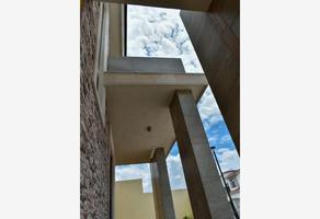Foto de casa en venta en  , jardines de versalles, saltillo, coahuila de zaragoza, 15894302 No. 01