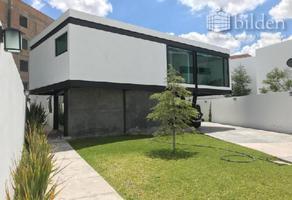 Foto de casa en venta en  , las privanzas, durango, durango, 12960176 No. 01