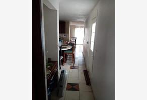 Foto de casa en venta en  , loma blanca, saltillo, coahuila de zaragoza, 0 No. 01