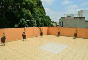 Foto de casa en venta en  , lomas de valle dorado, tlalnepantla de baz, méxico, 15042276 No. 01